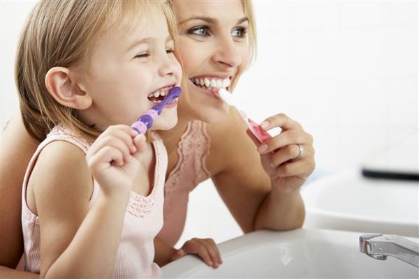 Se brosser les dents : 5 conseils pour une bonne hygiène buccale